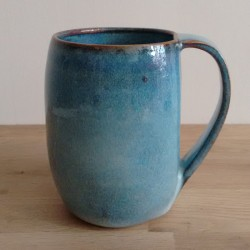 Tasse à facettes, gris-bleu